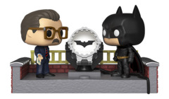 Pop! Movie Moment Batman 80th Light Up Bat Signal