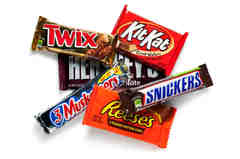 Snacks/Candy Bars( Laffy Taffy Kit Kat Hershey Musketeer Cupcake MnM/M&M Payday Reese's Milky Way Snickers Honey Bun Butter Fing