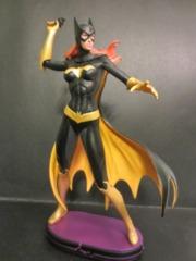 DC Comics Cover Girls - Batgirl Statue