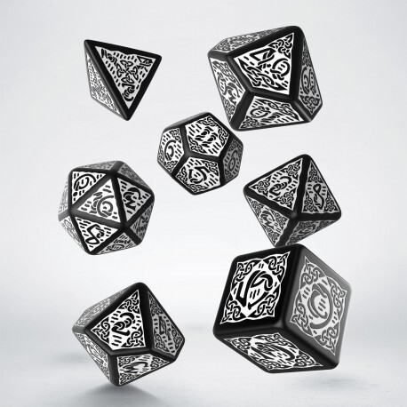 Celtic 3D Revised Black & white Dice Set (7)