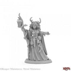 ReaperCon Iconic: Bonehenge Priestess 03973