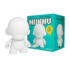MUNNYworld mini Munny White Vinyl 4