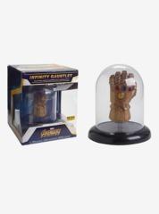 Avenger Infinity War Infinty Gauntlet Exclusive Vinyl Figure