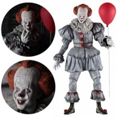 NECA It Pennywise 1:4 Scale Action Figure
