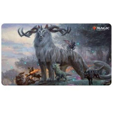 Ultra Pro - Ikoria: Lair of Behemoths - Kaheera, the Orphanguard Playmat