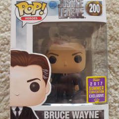 #200 - Bruce Wayne - Justice League - Summer Convention