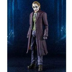 S.H. Figuarts: The Dark Knight - Joker