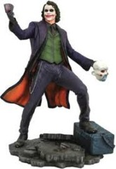 Batman: The Dark Knight - The Joker DC Gallery 22cm PVC Statue