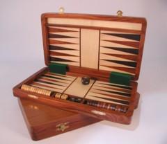 Folding Magnetic Backgammon (12
