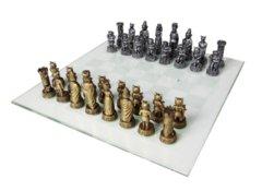 Dog VS Cat (Chess Set)