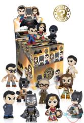 Batman v Superman (DC Comics)