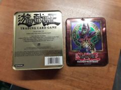 (Used)(Empty Tin)(Damaged)Dark Magician: Yu-Gi: Collector's Tin