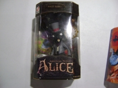 Whtie Rabbit(Black): American Mcgee's Alice