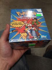 Pokemon: Series 2: Topps Trading Cards: Box