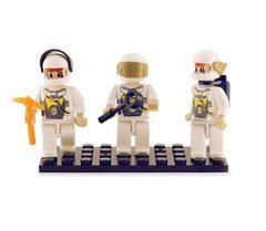 BricTek - Figurines - Space Trio - Ages 4+