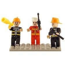 BricTek - Figurines - Fire Brigade Trio - Ages 4+